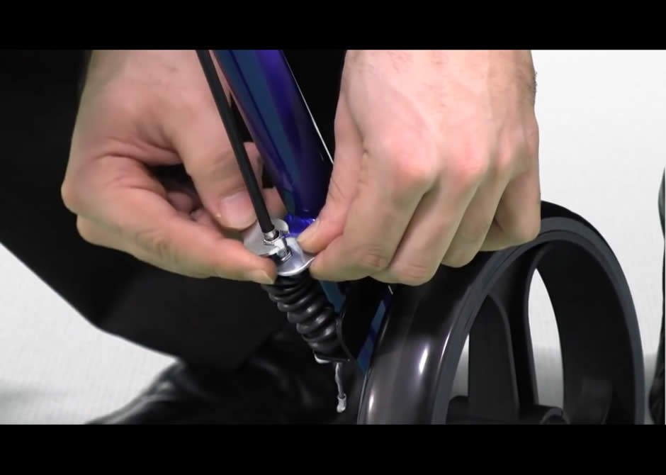 How To Adjust The Brakes Of Your Hugo 174 Rollator Hugo 174